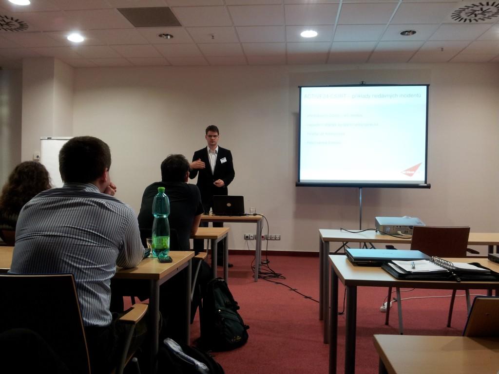 Tomáš na konferenci Trendy v internetové bezpečnosti